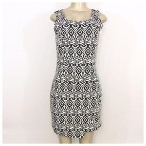Black & White Aztec Midi Dress Medium